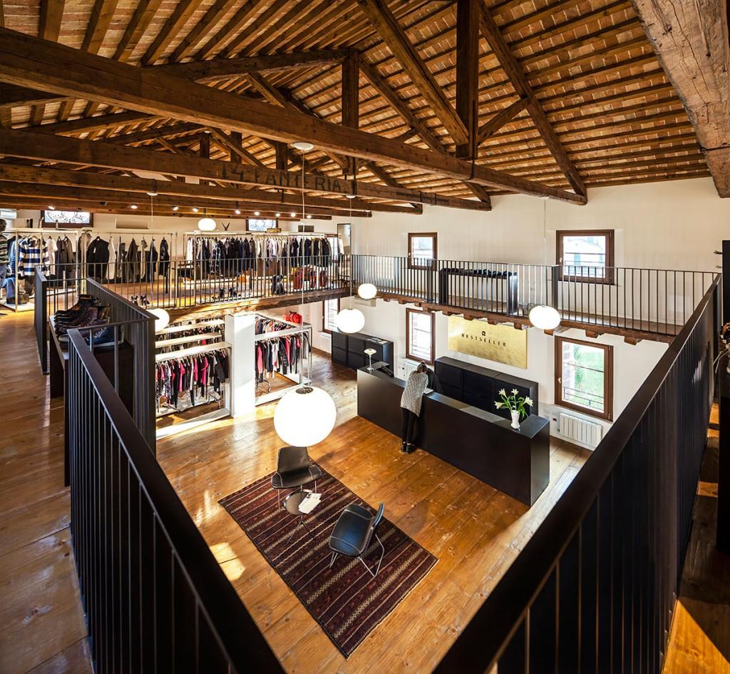 Nueva sede de BestSeller Treviso diseñado por MEHR studio
