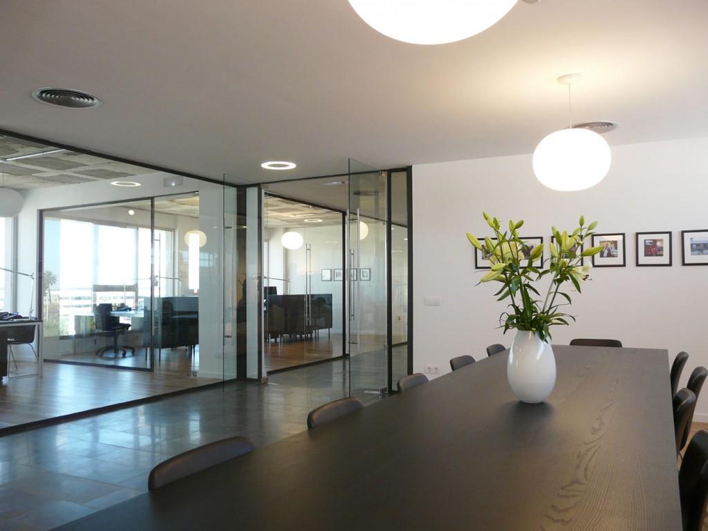 Salon de conferencia de BestSeller Valencia, diseñado por MEHR studio